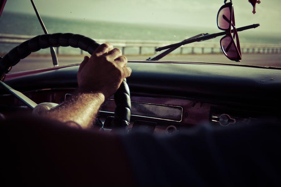 gyakorló vezetés saját autóval